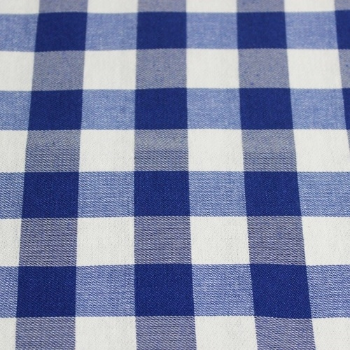 Checkered tablecoth (65% cotton)