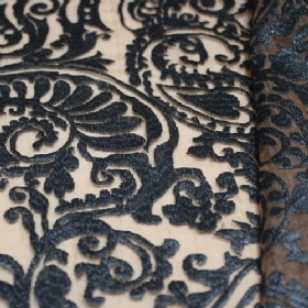2ebc22a319e3 υφάσματα για αμπιγιέ ρούχα στο hartampas.com